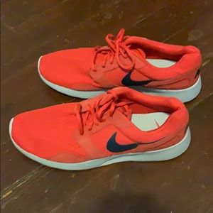 Nike Roche Red Mens Size 11